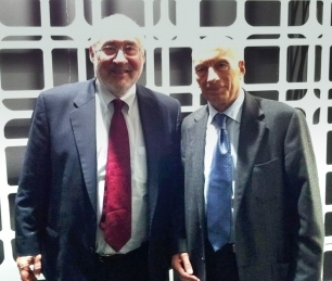 Pecce with Joseph Stiglitz, Nobel Prize in Economic Sciences • World Business Forum Milano, 2011.